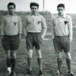 Rodolfo Axat (al centro) con due compagni di squadra